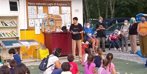 Presentata sul lago Piccolo di Avigliana la collana di libri Milleragazzi