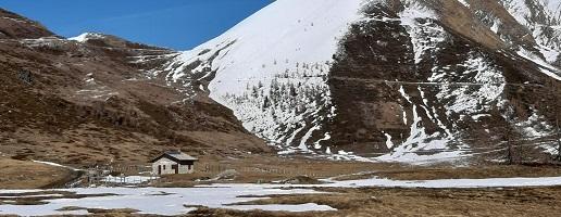 Ieri, a Pian dell'Alpe, con poligono di tiro in piena attività, incontro fra vertici militari, Sindaco Comune di Usseaux e Presidente dei Parchi Alpi Cozie